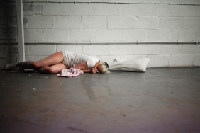 Laura Dee Milnes, InVálid (2013) at ]performance s p a c e [, London. Photo by Marco Berardi