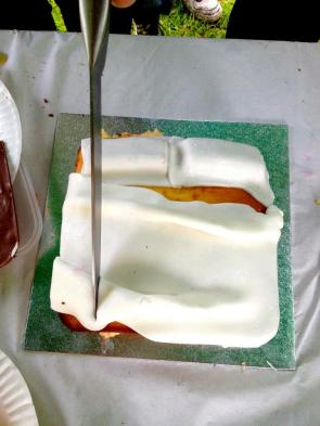 Laura Dee Milnes, Tracey Emin Bed Cake (2013)