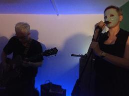 Sweet Heave perform at SLUDGE, KELDER Projects, September 2017. Photo by Adrienne Groen